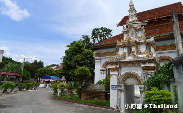 Wat Nong Kham寺廟-Baan Saen Fang Hotel Resort Villas