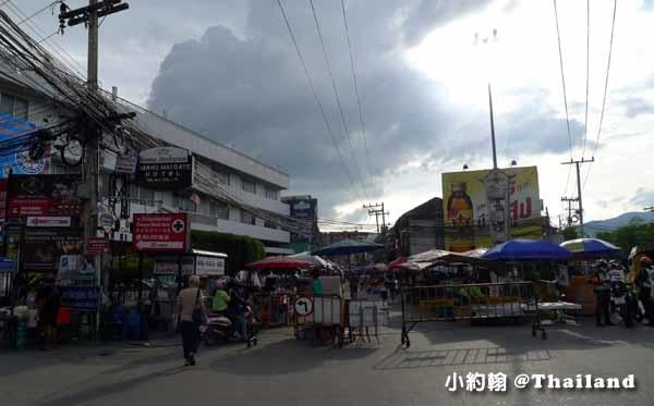 清邁週六夜市Wualai Road Saturday Night Market1.jpg