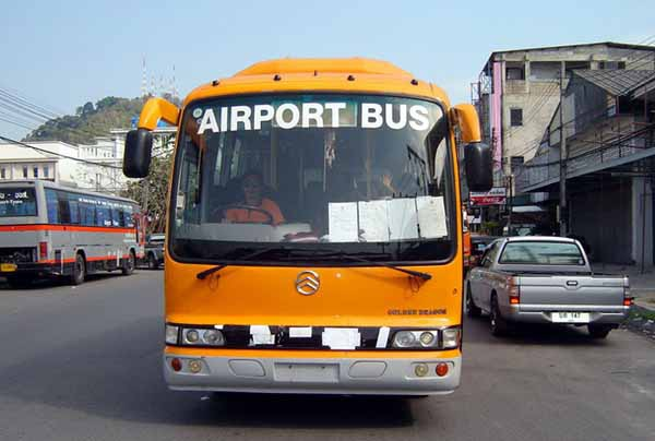 普吉島機場巴士Phuket TOWN to Phuket AIRPORT BUS2.JPG