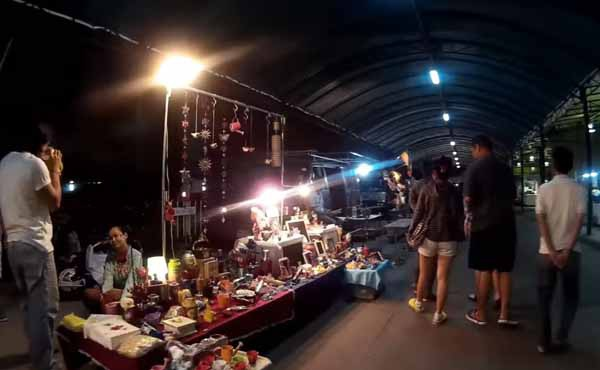 Siam Gypsy Market恰圖恰西北方的鐵道夜市3