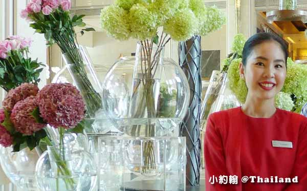 THE LADY IN RED - KEMPINSKI HOTELS紅衣大女孩