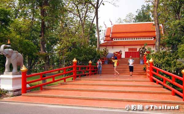 清邁大學Chiang Mai University(CMU)遊園車,電影泰冏2.jpg
