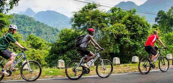清邁必拜素帖寺Wat Phra That Doi Suthep雙龍寺-單車