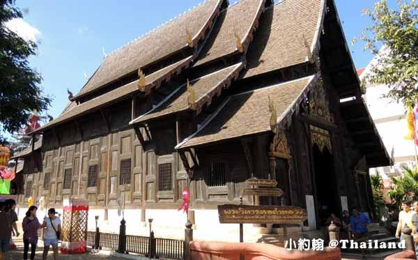 泰國清邁Wat Phan Tao盼道寺Wat Pan Tao鑄佛場Loy Krathong水燈節.jpg
