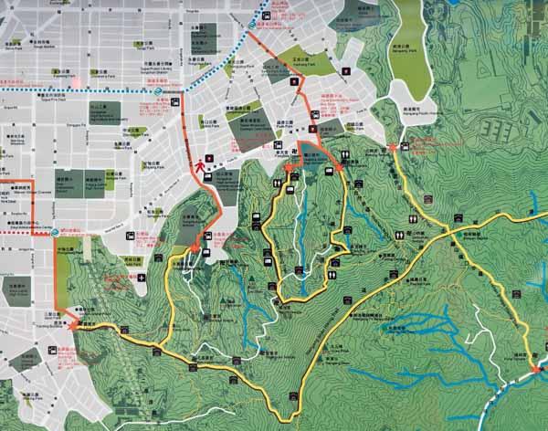 Elephant Mountain (Xiang Shan) Trail Hiking Taipei 101 Tower. MAP(S)