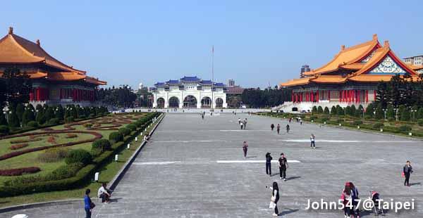 Taipei Travel Guide- National Chiang Kai-shek Memorial Hall2