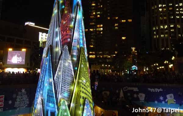 2015新北市歡樂耶誕城,免費享受歡樂節慶的親子樂園@新北市府3.jpg