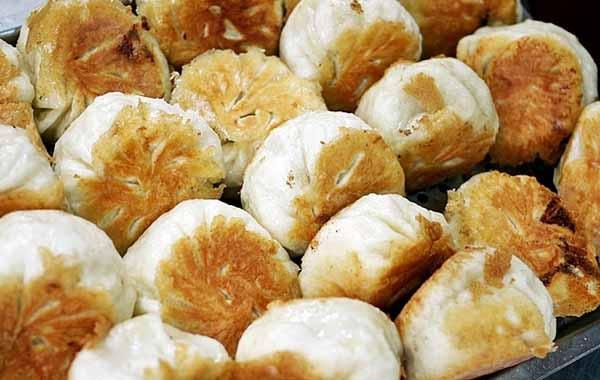 Taiwan Must-Eat,Taiwanese street food-Pan-fried Stuffed Buns