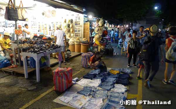 Chatuchak night market恰圖恰週未夜市2.jpg