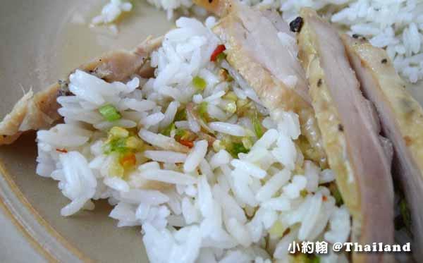 清邁美食推薦D-Ook清新泰式小吃店,米粉湯雞肉飯Wat Ram Poeng 7.jpg