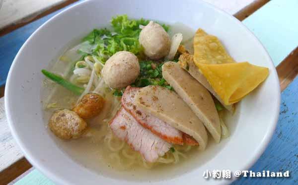 清邁美食推薦D-Ook清新泰式小吃店,米粉湯雞肉飯Wat Ram Poeng 8.jpg