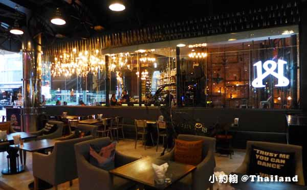 1881 By Water Library Bangkok bar restaurant@Groove Central World2.jpg