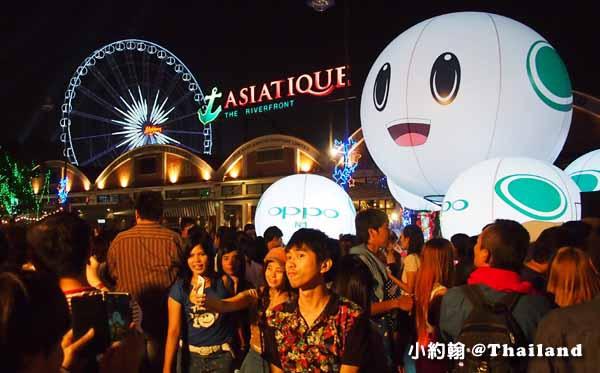 Asiatique 曼谷最美河濱夜市-聖誕節Christmas tree2.jpg