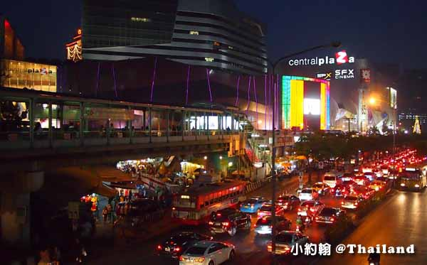 Central Plaza Ladprao百貨-聖誕節Christmas tree.jpg