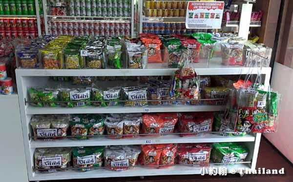 泰國必買零食Koh-Kae土豆大哥花生豆-Pattaya芭達雅四方水上市場2.jpg
