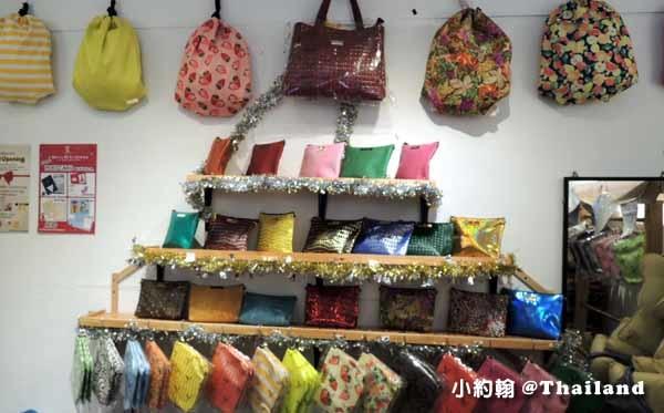 泰國必買曼谷BKK包 BKK Original恰圖恰市集店Chatuchak 3.jpg