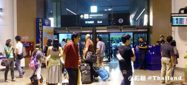 曼谷廊曼機場A1.A2 bus機場巴士換捷運地鐵@on Muang Airport1.jpg