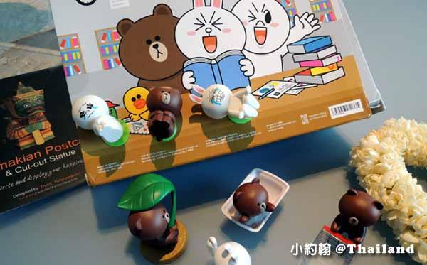 LINE FRIENDS Desktop Item Set熊大免免桌上公仔手機吸盤座.jpg