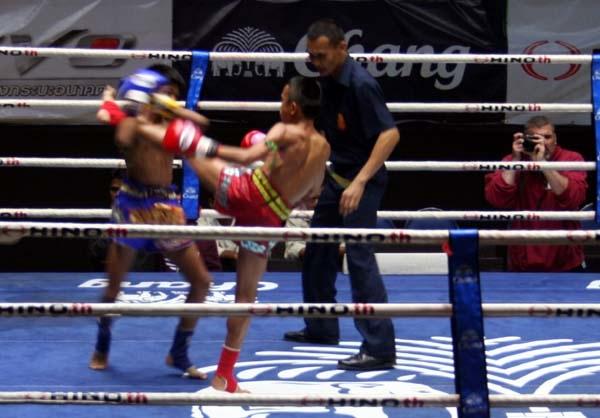 泰國曼谷正宗泰拳比賽Lumpinee Boxing Stadium 2.JPG