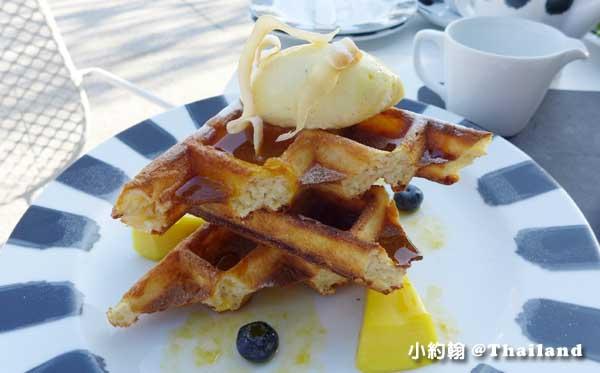 Point Yamu普吉島飯店早餐吧芒果鬆餅.jpg