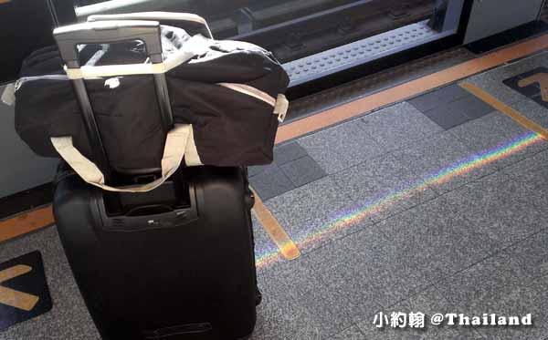 行李箱選購心得實用性-搭bts捷運
