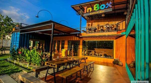 Snooze Box Hotel Chiang Mai 1.jpg