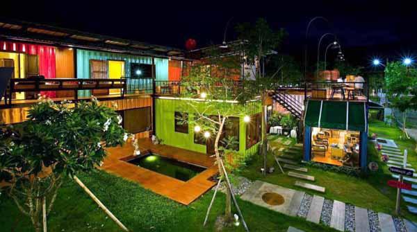 Snooze Box Hotel Chiang Mai.jpg