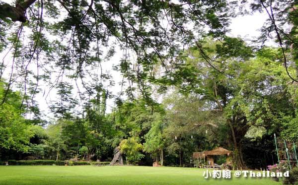 Home Phutoey River Kwai Resort woods3.jpg