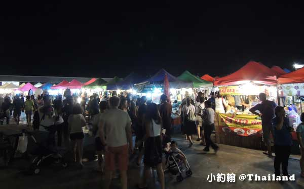 曼谷鐵道夜市Ratchada Train Market4.jpg