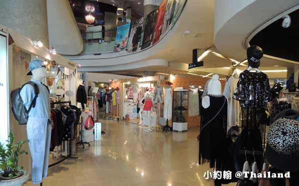 Esplanade Ratchada Shopping Mall5.jpg