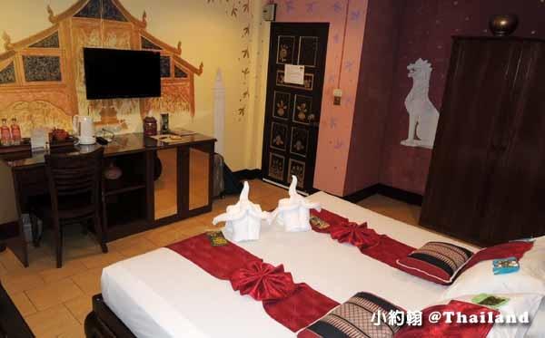 Parasol Inn Hotel ChiangMai room2.jpg