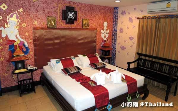 Parasol Inn Hotel ChiangMai ROOm.jpg