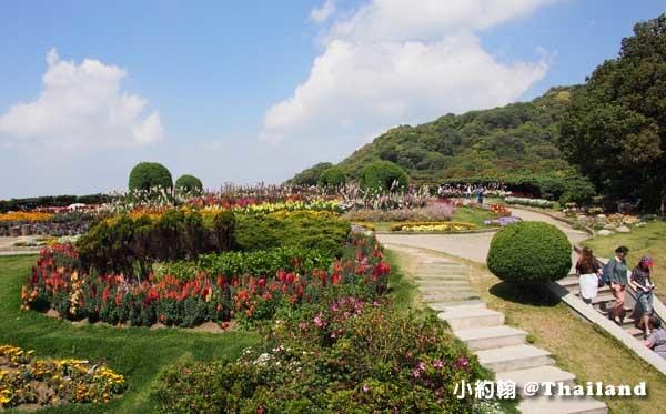 泰皇佛塔Naphamethanidon花園.jpg
