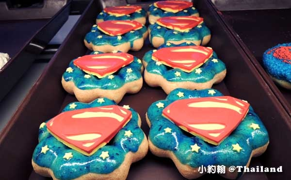 Mister Donut Batman v Superman Dawn of Justice3.jpg