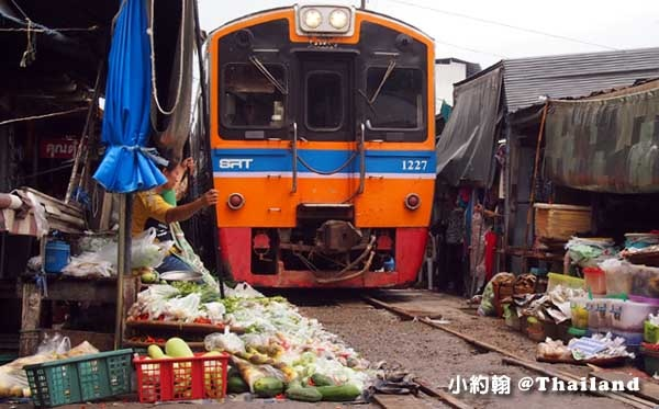 泰國美功鐵道市場(Maeklong Railway Market)1.jpg
