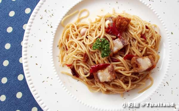 清邁寧曼Nimmanistro Spaghetti with chilli義大利麵.jpg