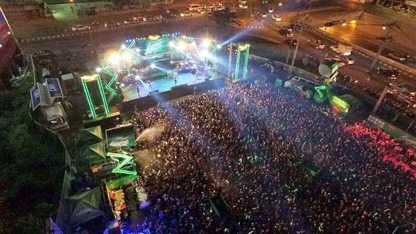 CentralFestival Chiangmai Songkran Festival 2016.jpg
