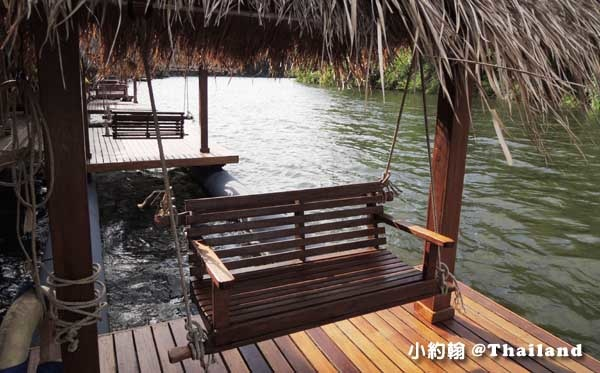 Floathouse River Kwai Resort room10.jpg