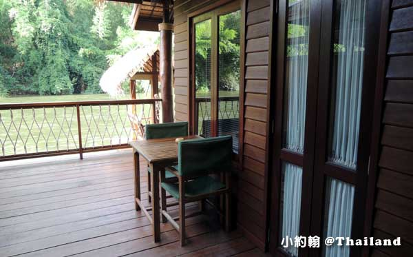 Floathouse River Kwai Resort room12.jpg