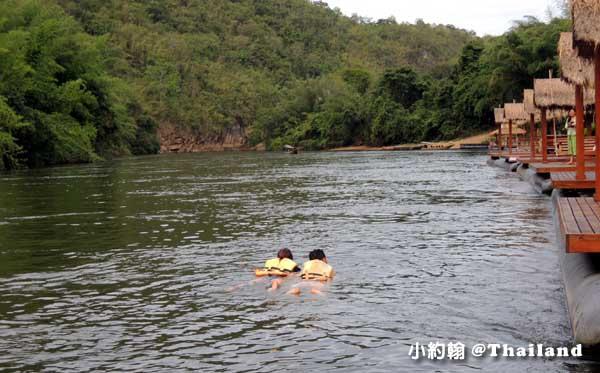 Floathouse River Kwai Resort room15.jpg