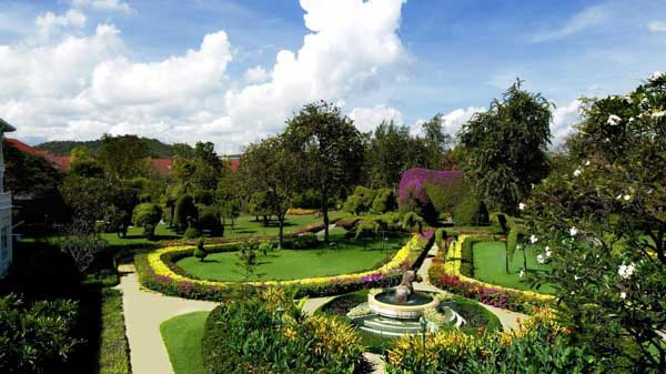 Centara Grand Beach Resort & Villas Hua Hin2.jpg