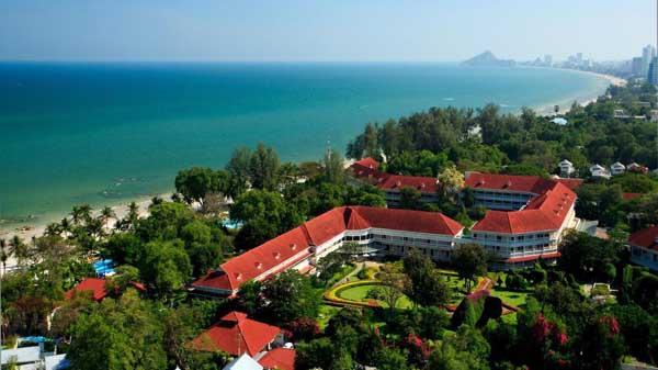 Centara Grand Beach Resort & Villas Hua Hin1.jpg