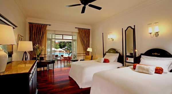 Centara Grand Beach Resort & Villas Hua Hin room2.jpg