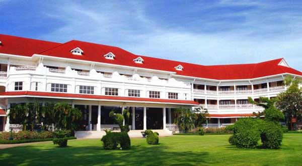 Centara Grand Beach Resort & Villas Hua Hin.jpg