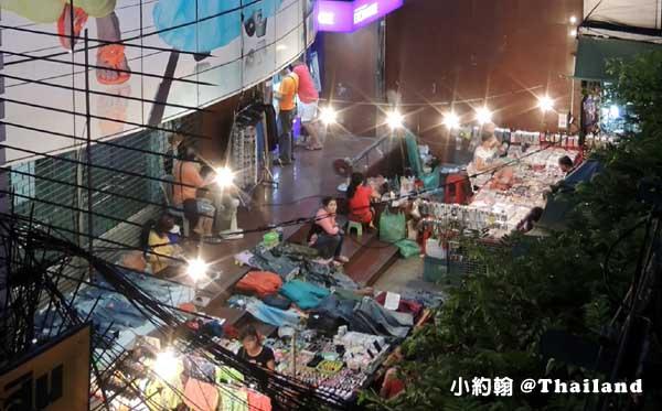 曼谷水門市場夜市- Krung Thong Plaza.jpg