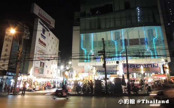 曼谷水門市場夜市-Water Gate百貨2.jpg