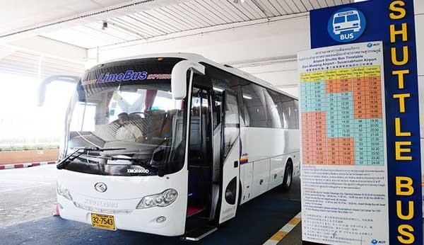 Don Mueang Airport LimoBus.jpg