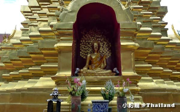 清邁週五跳蚤市集Wat Phan On佛寺4.jpg