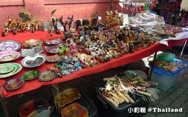 清邁週五跳蚤市集Wat Phan On佛寺5.jpg