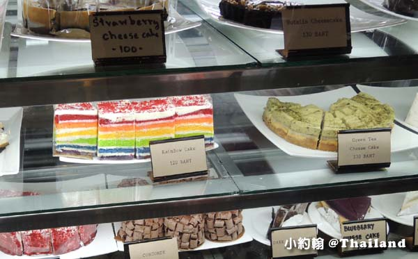 曼谷型男咖啡廳10 Thirty Cafe彩虹蛋糕1.jpg